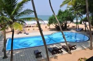 Whispering Palms Hotel