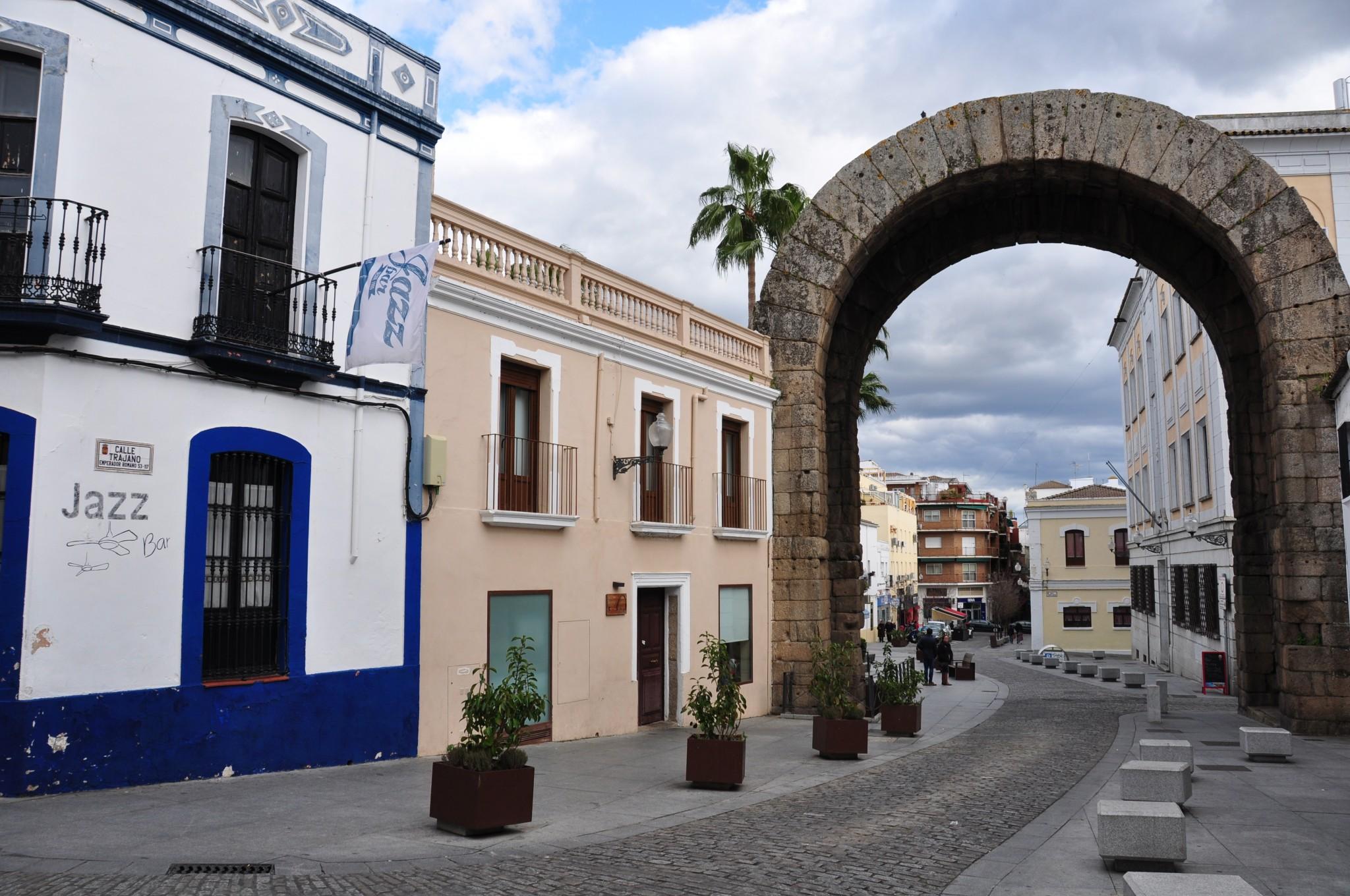 Mérida, Arco de Trajano