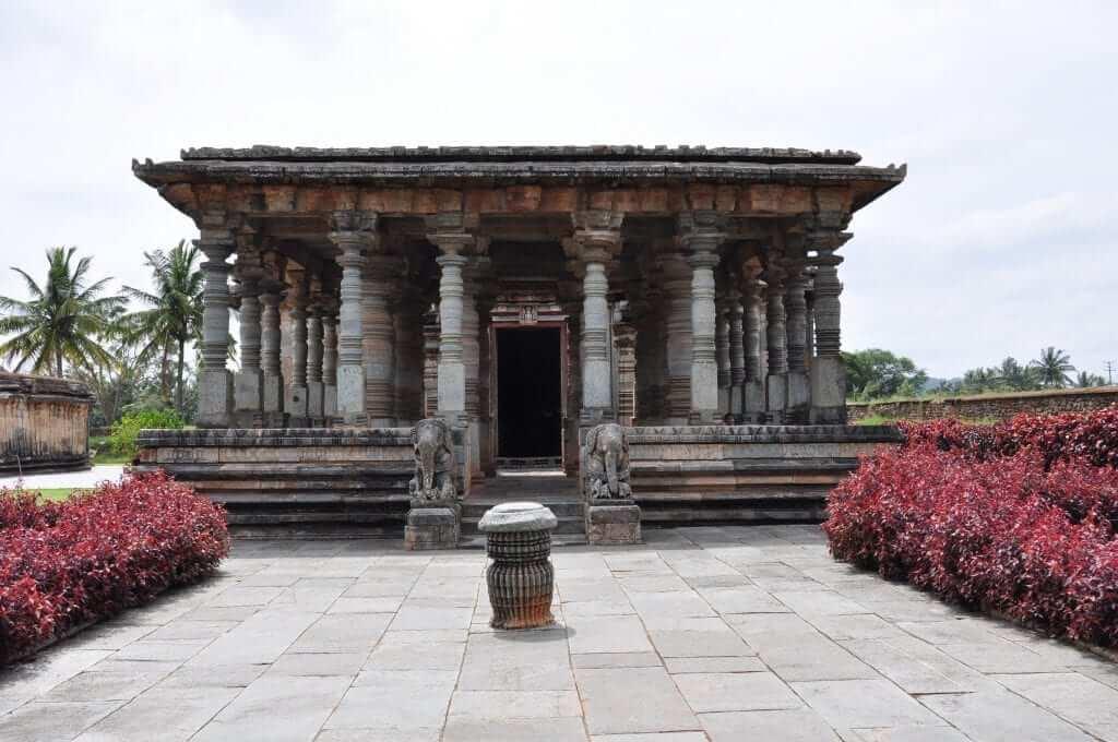 Halebid Templo Jaín