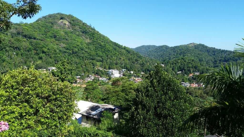 Vista de las montañas de Kandy desde Baramba House
